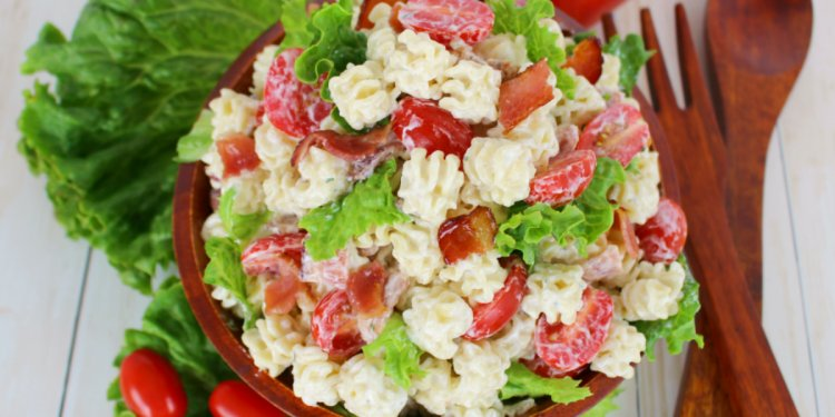 Creamy Ranch BLT Pasta Salad
