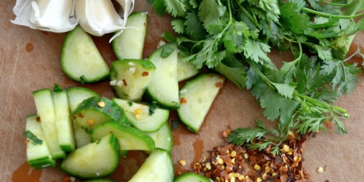 Spicy-cucumber-salad-2