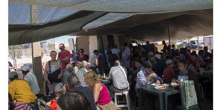 Tavira - Parque de Feiras e Exposições (5) Lunch time