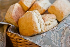 2016-12-15-1481833658-5570976-buttermilkbiscuits.jpg