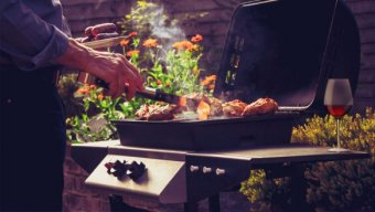 Backyard BBQ Recipes & The Best Wines for BBQ