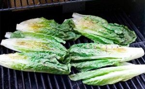 Grilled Romaine heads, photo from foodjimoto.com.